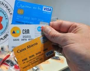 Why you should use unsecured credit card for bad credit